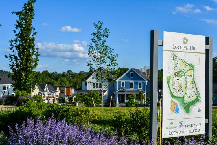 Lochlyn Hill